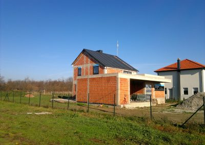 Obiteljska kuća u izgradnji - Strahoninec (1)