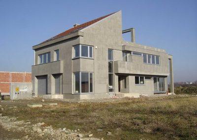 Stambeno-poslovna građevina (1)