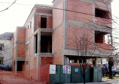 Stambeno-poslovna građevina (4)