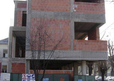 Stambeno-poslovna građevina (5)